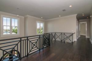 5.4 foyer overlook